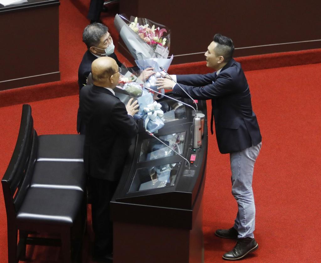 防疫在台灣 是公衛還是政治?