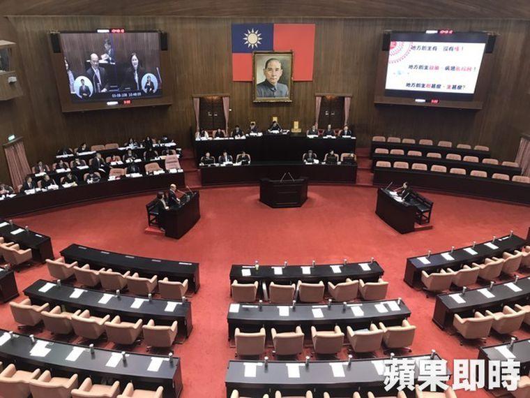 真正阻礙台灣進步的是黨國幽靈